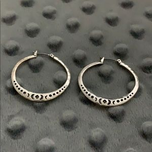 Lucky Brand Geometric Sterling Silver Hoops ✨